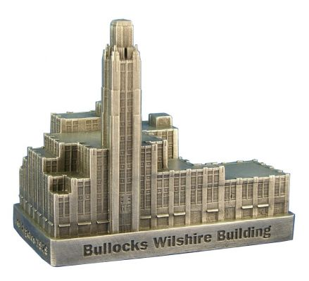 bullocks-wilshire-building-replica