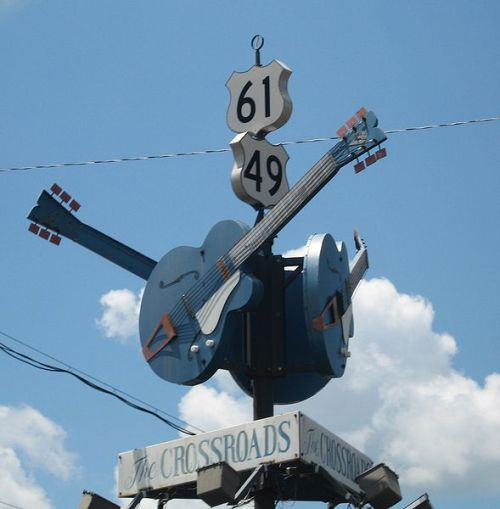 589px-ClarksdaleMS_Crossroads