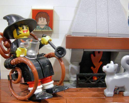 Lego_Discworld_Granny_Weatherwax